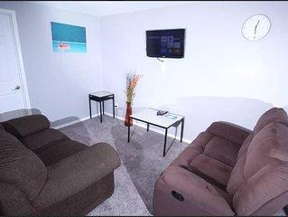 Exquisite 2 Bedroom Basement Suite