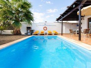 Traumhafte Villa mit Pool - Villa de la Paz