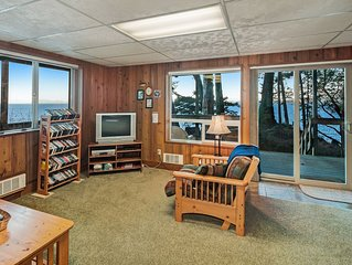 Premium Cleaned   Adventure cabin on the water, perfect for wildlife viewing