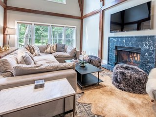 Built in 2018: 5BR home in Boyne Mountain gated community sleeps up to 18