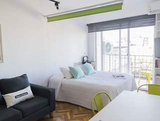 Cheerful studio in the heart of Recoleta with view