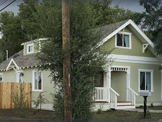 Historical 3 bedroom 3 bath Home 1/2 block from Rte 66 in beautiful Williams AZ