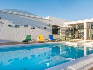 Klimatisiertes Haus mit Pool, Garten, Terrasse, WLAN und spektakularem Ausblick