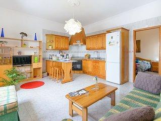 Wunderschone Wohnung in bezauberndem Fischerdorf in der Nahe des Strandes und Na