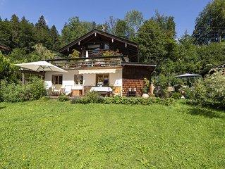Gemutliches Apartment mit Garten, Terrasse und WLAN; Parkplatze vorhanden, Haust