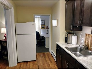 Great Price- 1 Bedroom clean and Quiet- Maple St. Walk to the waterfront