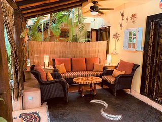 Exclusive tropical condo in the Heart of Zihuatanejo