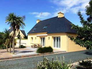 Maison TREOGAT 2-6 personnes, a la campagne et proche de la mer