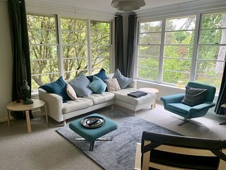 Beautiful private apartment/townhouse walking distance from Canberra City