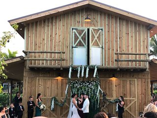 The Barn 305   Wedding Venue