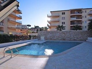 Appartement T2 - 4 personnes - Piscine residence - Proche centre et plage - Sain