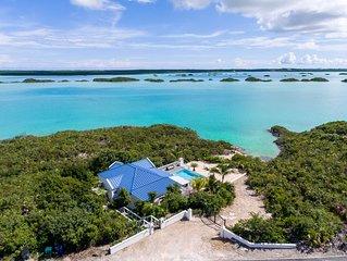 Panoramic Oceanfront Villa - Private Beach, Infinity Pool, ensuite bathrooms