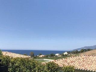 Appartement Golf de Saint Florent au calme vue mer et terre