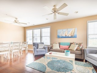 Bayside Resort 3 BR+Den Upscale Condo Just steps to Resort Amenities!