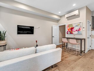Bright Stylish Apt Mins to Dtwn & Broncos Stadium