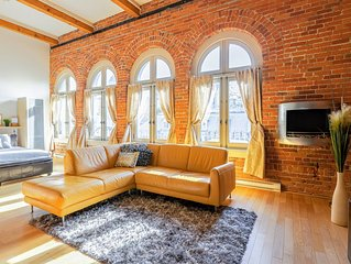 Authentic loft for family of 4 in the heart of Old Quebec