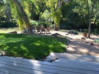 Relaxing Oak Creek Retreat