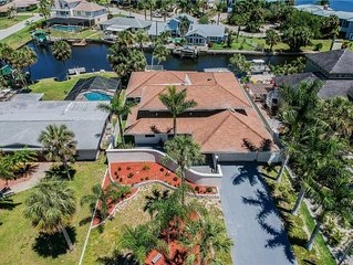 Sunshine Paradise Waterfront Mansion- Island Dream