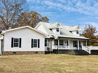 THE FARMHOUSE AT FALL CREEK FALLS.  3B/2.5B NEWLY RENOVATED AND EXTREMELY COZY!