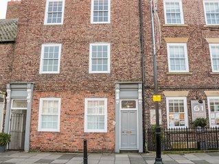 Tynemouth Village Penthouse, TYNEMOUTH