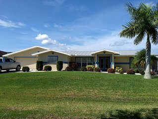 2 Master suites; pet and family friendly!