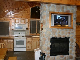 Wisconsin Dells Tall Pines Villa Mirror Lake Home
