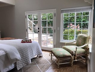 Bright, sunny, private entry room  - fabulous location near beach, town