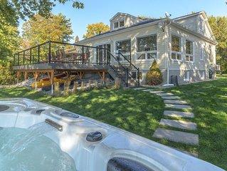 Amazing cottage on Champlain lake with outdoor JACUZZI