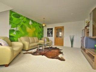 Moderne Ferienwohnung für 4 Pers. mit Balkon in ruhiger Lage, holiday rental in Drognitz