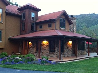 Spectacular Luxury Custom Home in Glenwood Canyon!