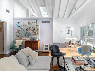 Cool Hamptons Home minutes from Southampton Village. US Open '18 still available