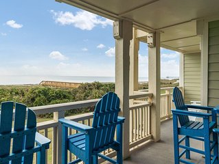 A Breath of Heaven: 2 Bed/2 Bath Oceanfront Condo with Community Pool
