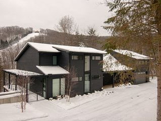 Black Diamond- One of Kind Spectacular Ski-in-Ski-Out House Overlooking Slopes