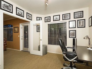 *SANITIZED* Restful Spacious 1 BR Condo/ COM Pool/ Jacuzzi/ Fitness/Scottsdale