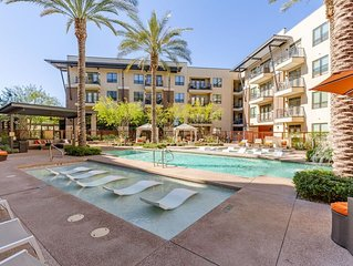 *SANITIZED* Luxury Gem * Fashion Square 2 BR Condo /COM Pool