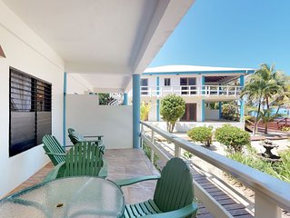 Oceanfront condo w/shared pool, sea view, partial AC & WiFi - walk to the beach!