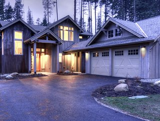 Brand new centrally located 5 BD Suncadia Lodge with 3 King en suite bedrooms!