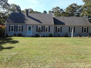 Family Friendly - On a Quiet Acre. All New Furnishings. Light & Bright!