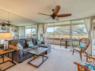 Bright ocean view condo w/ lanai, many updates & shared pool/grill