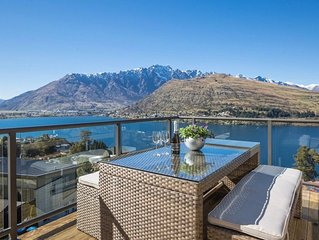 Grand View Queenstown - Queenstown Holiday Home