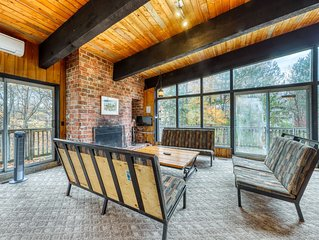 Dog-Friendly Rustic Ski Chalet W/ Furnished Deck, Gas Grill, Sauna & Ping-Pong!
