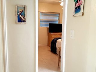 Spacious&Clean 2bdrm/2bath +Queen sleeper *Beach! FLL airport & Cruiseport