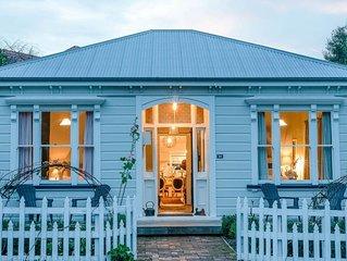 The Villa Akaroa - Akaroa Pet Friendly Holiday Home