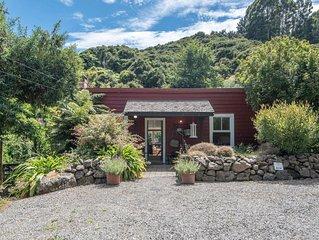 Kokopu Cottage - Akaroa Holiday Home