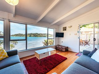 Beachfront Seclusion - Oneroa Holiday Home