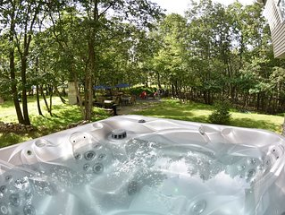 SC - Secluded/ Outdoor Hot Tub/ Private Pool/ Game Room/ Minutes to Raceway