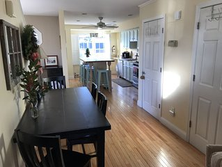 Modern 3 BR 2.5 BA Condo in the heart of Cape May
