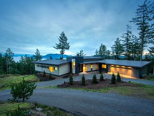 Private, modern home, with unbelievable views