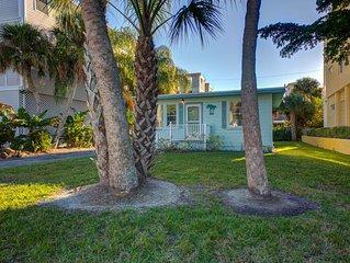 Rent Siesta Now Vacation Rentals - Twin Palms 2-BEDROOM, 1 BATH, SLEEPS 6