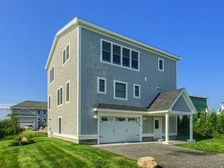 "Custom built ""Accessible Home', Ocean views"